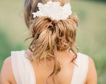 Bridal Headpiece. Bridal Crystal & Lace Hair Comb.