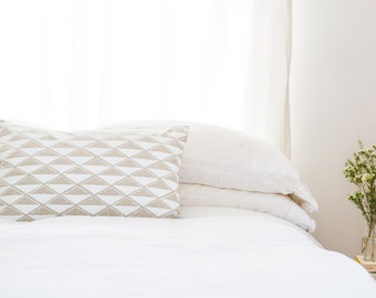White Diamond Linen Pillow - 20 x 14 in.