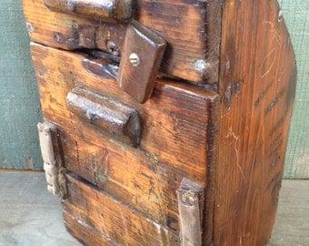 Antique Primitive Folk Art Pine Box
