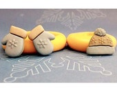 Cap and Mittens Mold Set Flexible silicone - Hat - Resin - Polymer clay - Wax  - Crayon - FOOD Safe - Fondant - Chocolate - Candy - C560M