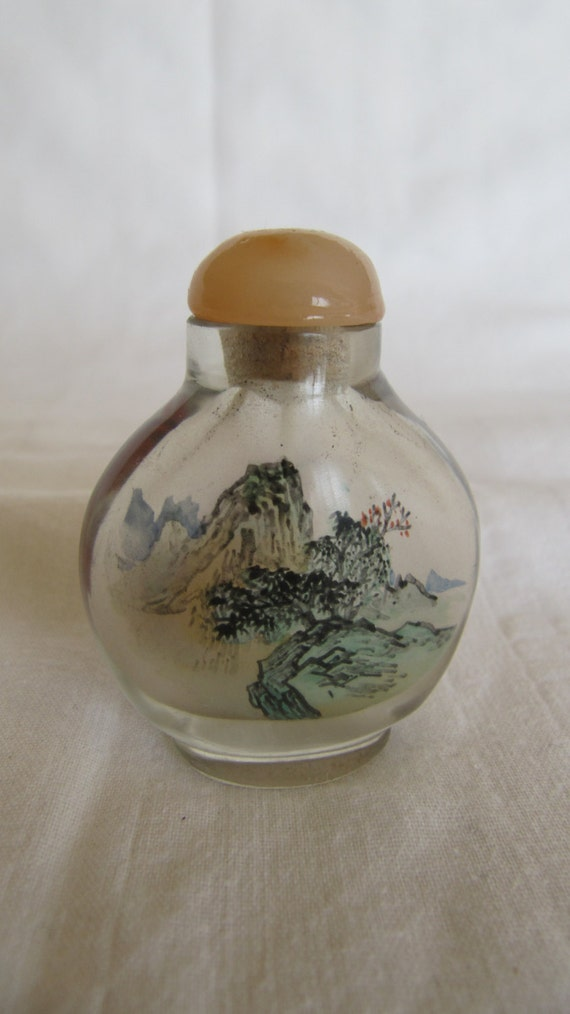 Vintage Chinese Small Glass Snuff Bottle Reverse Painting: painting old glass bottles