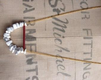 Howlite Stone Arc Necklace