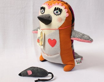 Kiku the owl - including mouse