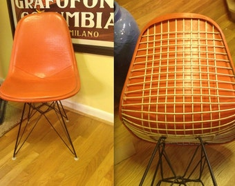 EAMES WIRE CHAIR Orange Alexander Girard Naugahyde Full Cover Vintage Original Herman Miller Side Shell Chair Black Eiffel Base Excellent