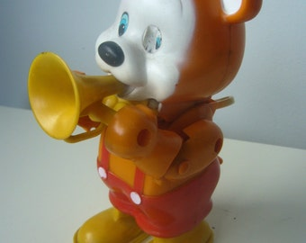 Vintage Wind Up Bear Toy, circa 1970s, HUMY