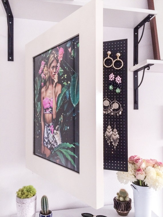 Wall Mounted Jewelry Organizer Photo Frame (Custom Painted Colors Available) - Wall Mounted Jewelry Organizer Photo Frame Custom Painted