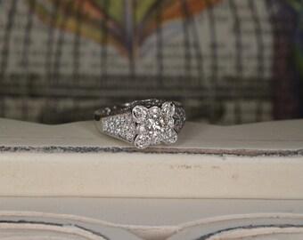 Art Deco-Inspired Diamond Ring (18K White Gold)