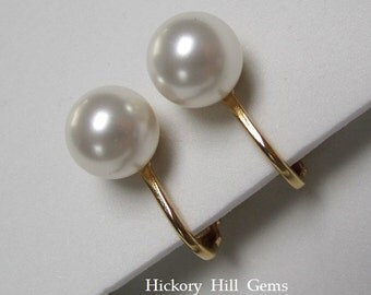 Clip On Earrings WHITE Pearl clip ons Swarovski elements Pearls clip-on earrings 8mm White Pearl Clip-on Earrings, pearl earrings GOLD pl