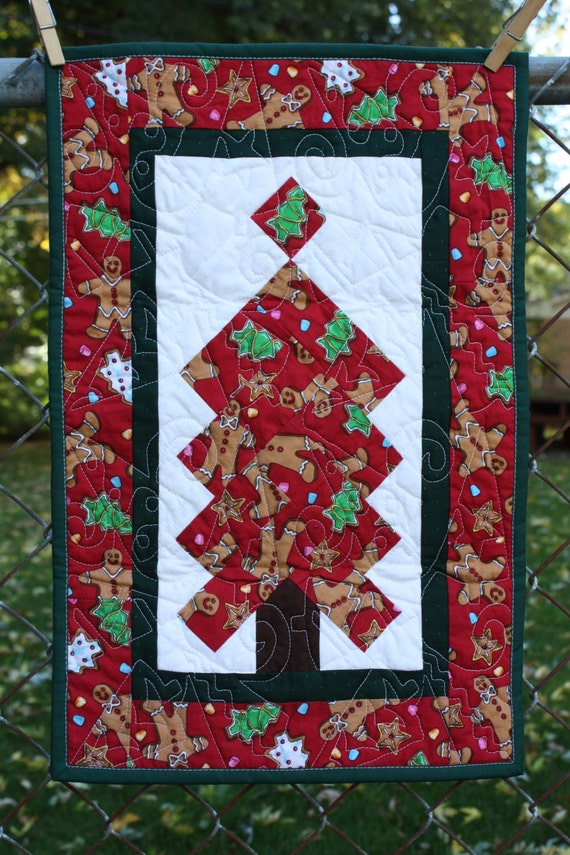 Christmas Tree Quilted Table Runner Centerpiece