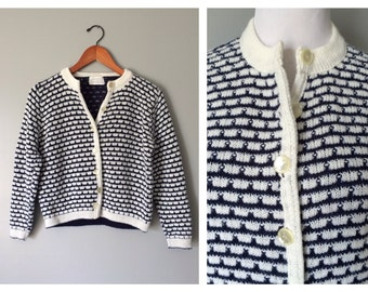 Vintage Sweater Cardigan White and Navy Stripe 1950s 1960s Loose Knit Vintage Nautical Preppy Prep School Pearl Buttons Size XS Small Petite