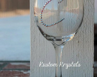 Customizable Swarovski Crystal wine glass with a SINGLE INITIAL