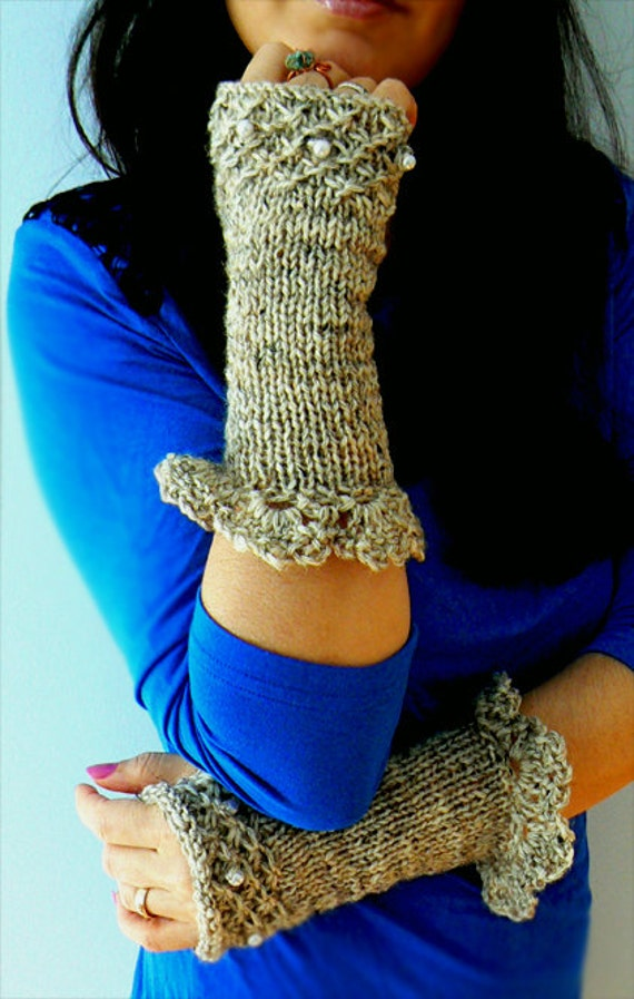 Tweed wool knitted gloves. Handmade long knitted pearls gloves. Chic,women fashion fingerless gloves-Grey embelished gloves-Knitted gloves