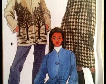 Simplicity 9951  Misses'/ Misses' Petite Lined Or Unlined Coat in two lengths or Jacket   2 Sizes Available