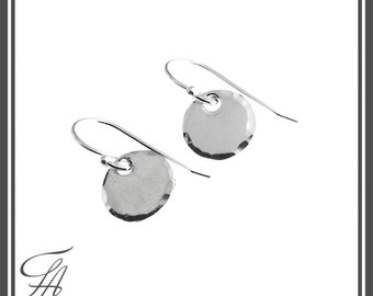 Sterling Silver, Silver Disc Earrings,Disc Earrings,Tiny Earrings, Modern, Earrings,Drop Disc Earrings,Minimalist Earrings,Handmade Earrings