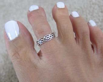 Adjustable Sterling Silver Knot Toe Ring, Celtic Toe Ring, Also Midi Ring, knuckle Ring.