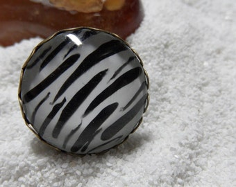 Zebra - pretty ring