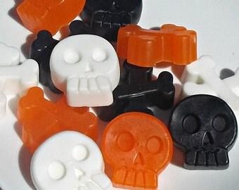 Pirate Party - Pirate Favors, Pirate Party Favors, Pirate Birthday, Pirate Soap, Skull Crossbones, Soap - Set of 15