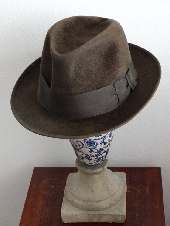 Vintage mens hat fedora moores made in london jpg 570x760 Hat styles for men  red 8130c5d37828