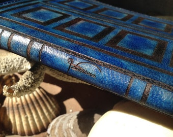 Time Travel Passport Holder Cover / Deluxe Italian Leather / Engraved & Hand Dyed / Suede Lining / Tardis Style / Personalized