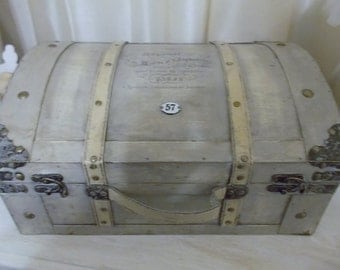 Beautiful Vintage Inspired Trunk