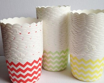 20 pcs Red Chevron Paper Muffin Cups Baking Cups Candy Nut Popcorn Cups Ice-cream Cups