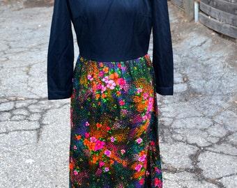 1960s Vintage Retro Floral Dress