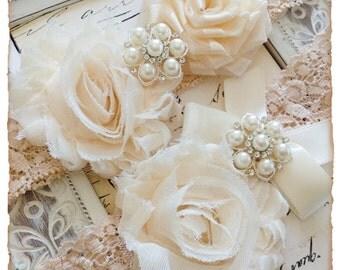 Wedding Garter, Bridal Garter Set, Vintage Garter, Shabby Chic Wedding Garter set - Beige Lace, Cream and Ivory Flower Garter Set