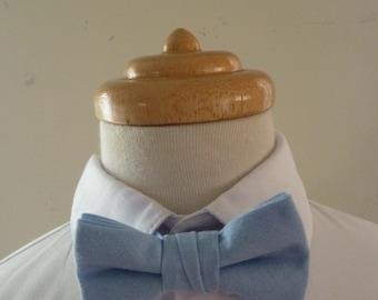 Sky blue linen baby bowtie / boys bowtie / children's bowtie