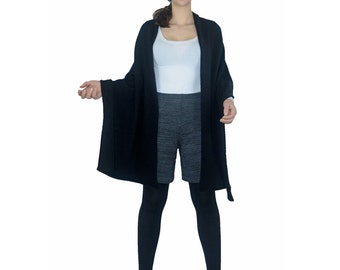Shawl , Wrap ,  L  ,100 % Cashmere.  Black.