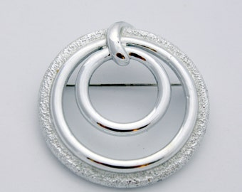 Vintage Sarah Coventry Silver Tone Circle Brooch