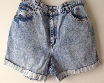 Vintage 1980's / 1990's Acid Wash High Waisted Denim Cuffed Shorts / Denim Cutoffs / Vintage Jean Shorts / Size 12