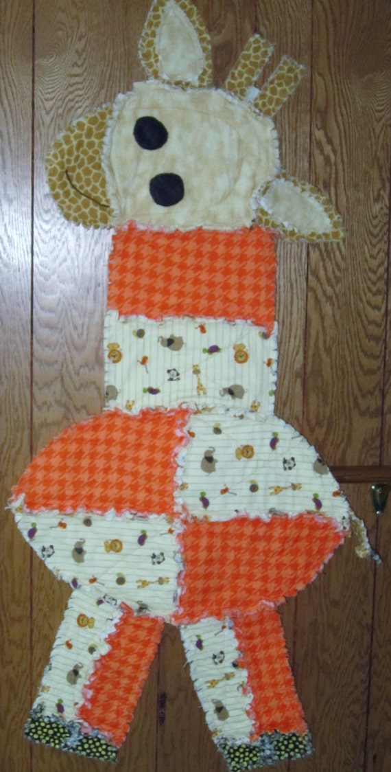 Rag Quilt Pattern Bear : Items similar to Animal Rag Quilt or Wall Hanging. Made from Flannel. Giraffe, Turtle, Teddy ...