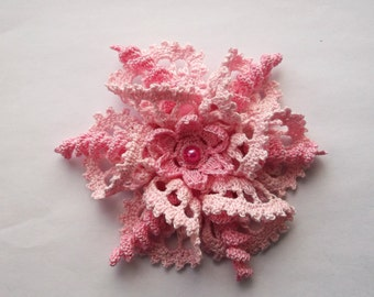 pink brooch, pink crochet brooch, pink handmade brooch, handmade ,pin,accessory,corsage,mother of the bride groom, wedding accessories.