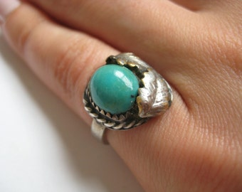 Vintage Blue Turquoise sterling silver Ring size 4