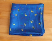 Vintage NORSK KOMMUNEFORBUND 100 % Silk Sheer Scarf  Wrap Kerchief floral motif blue with sun and chains Norway green Letters
