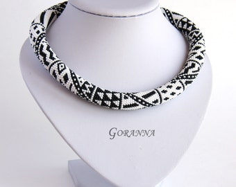 Bead crochet necklace Black-and-White Patchwork