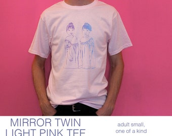 MIRROR TWIN small light pink tee