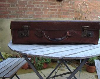 Vintage Leather Suitcase - Orient Make
