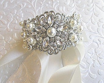 Pearl Bracelet,  ivory pearl bracelet, Cuff  Bracelet, Bridal jewelry, Ribbon Bracelet, Wedding bracelet, Vintage style, Adjustable bracelet