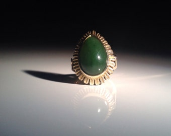 Superb 14K Gold Chrysoprase Ring Size Spinach Green - Wife Gift