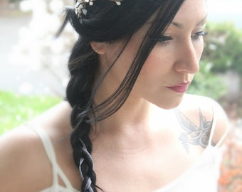 Flower Crown, Wedding Headpiece, Bridal Tiara, Hair Flower - COLE - by DeLoop,  Ivory, White