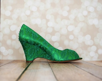 Lace Wedding Shoes, Green Wedding Shoes, Wedding Wedges, Wedge Wedding Shoes, Lace Wedges, Green Lace, Green Wedding Accessories, Wedding