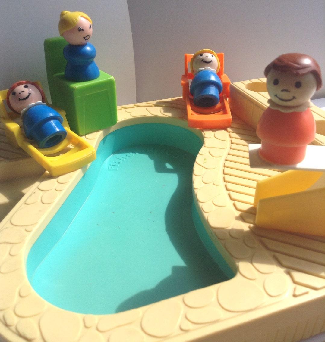 Fisher Price Swimming Pool Set Little People figures sun