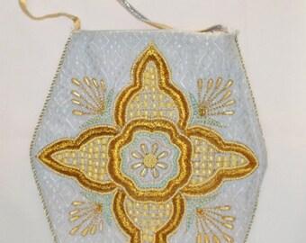 Zoebe Pearl Gold & Silver Threaded Tote Handbag - Vintage - Accessories - Purse - Shoulder Bag - Hippie - Boho - Unique