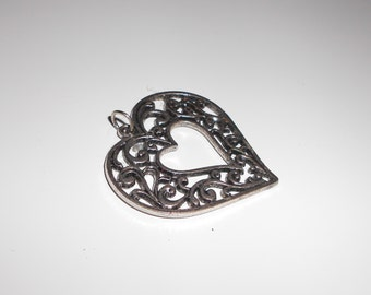 vintage heart pendant costume 1980s fashion vintage jewelry