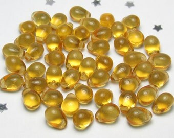 5mm x 7mm Czech Glass Teardrop Bead - Transparent Topaz Dark Yellow - 50 beads - Golden Yellow, Sunset, Sunshine, Raindrop