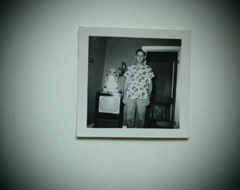 Weird 1950s / 50s One of a Kind Odd Unusual Vintage Snapshot Photograph of Possessed Crazy Man in Cool Hawaiian Graphic Shirt