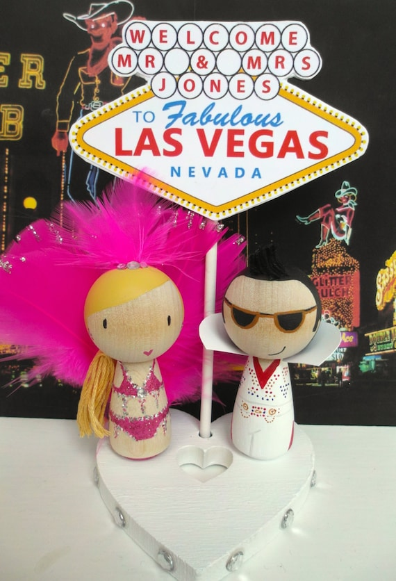 vegas wedding cake toppers uk las vegas showgirl and elvis cake topper with las vegas 21576