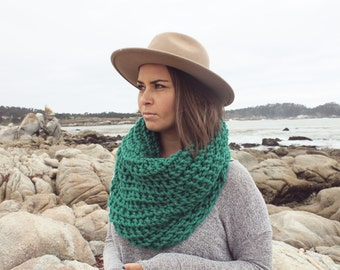 Chunky Scarf - Knit Cowl