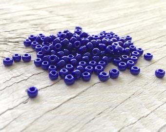 Toho glass seed beads size 6 navy blue (S06)